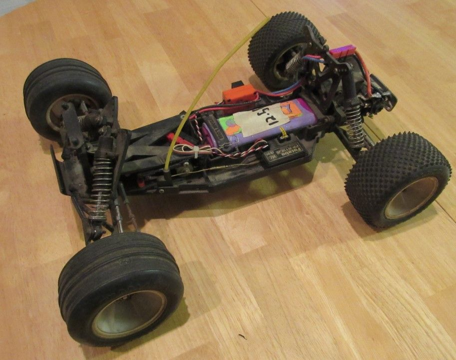 Team Losi LXT - Chassis